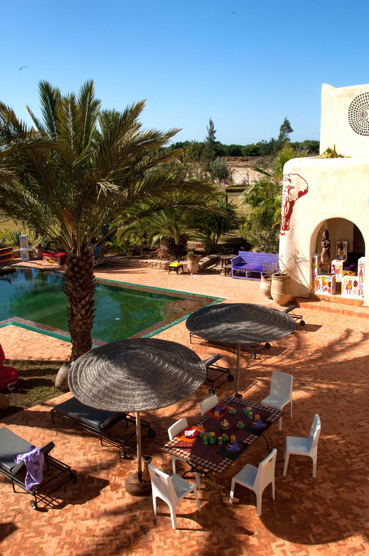 Le riad dar d 39 art for Piscine jardin terrasse
